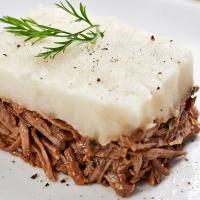 Escondidinho de Carne de Panela com Aipim Orgânico